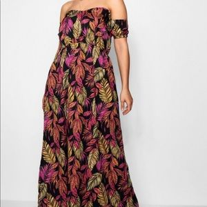 Boohoo 20 leaf design maxi off the shoulder dress